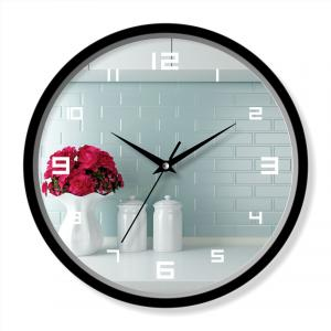 Simple design wall clock